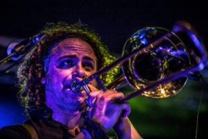 sine-frontera-matteo-del-miglio-trombone